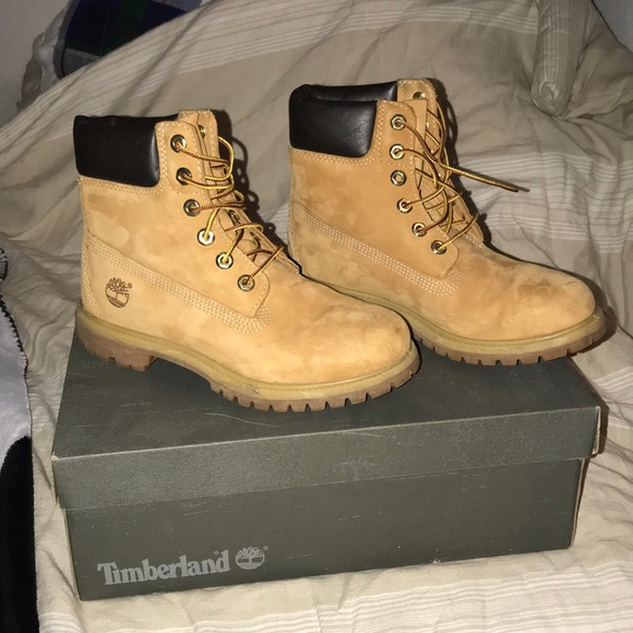Women's timberland boots (wheat color)